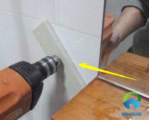cách khoan gạch ốp tường 5