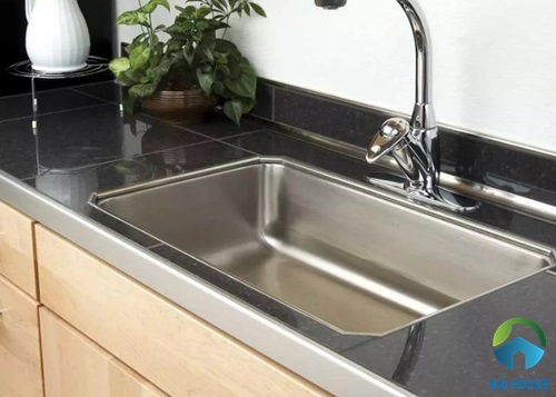 Gạch lát bàn bếp giả đá màu đen