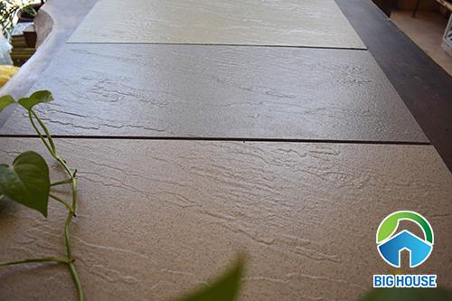 gạch lát nền chống xước 2